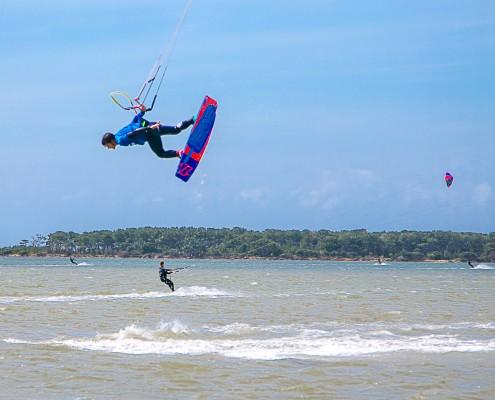 Kitesurfing in Italy