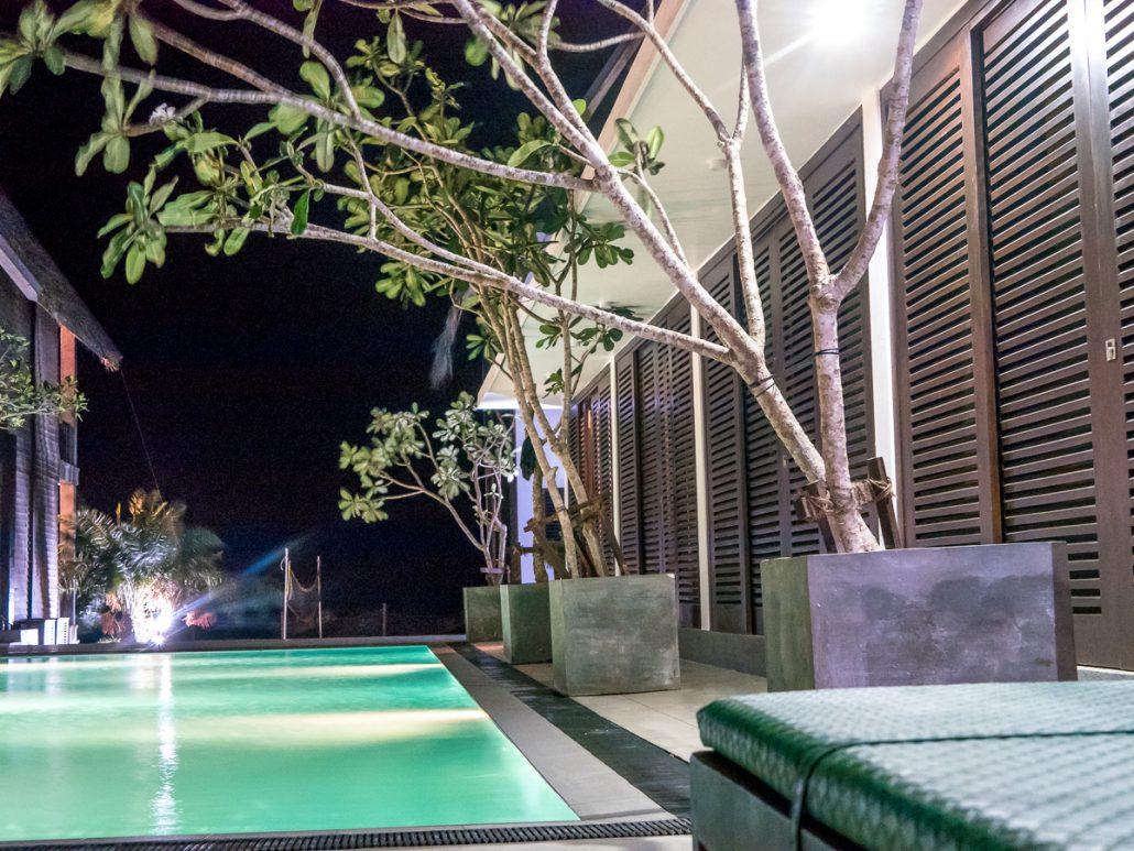 KiteWorldWide Lodge Kalpitiya Pool Zimmer u Pool Nacht-1