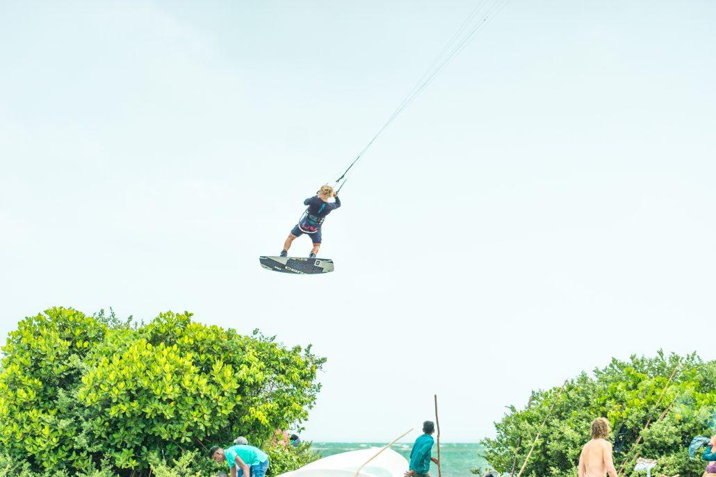 Kitesurfing Linus 1