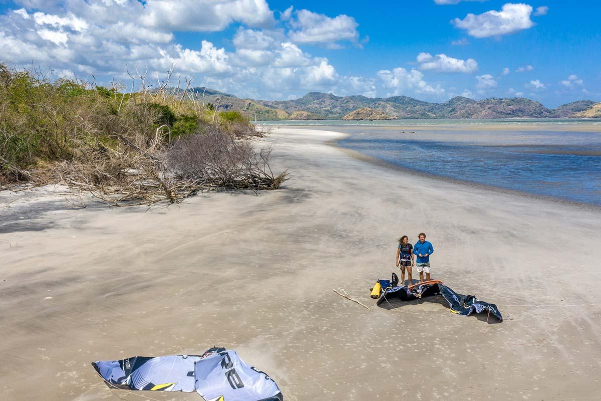 Beim Kitesurfen in Panama kann man nen Break auf einer kleinen Insel machen