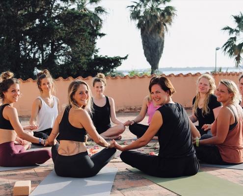 KItesurfing und Yoga auf Sizilien mit KiteWorldWide