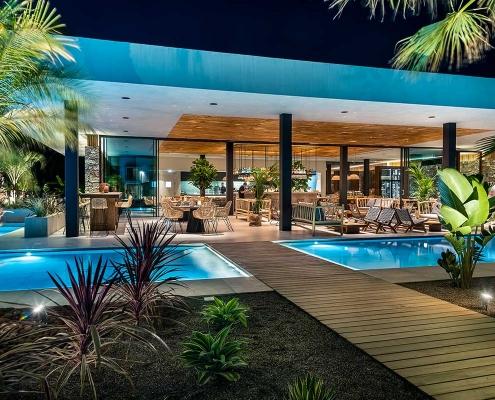 Caravia-Beach-Hotel-Bar