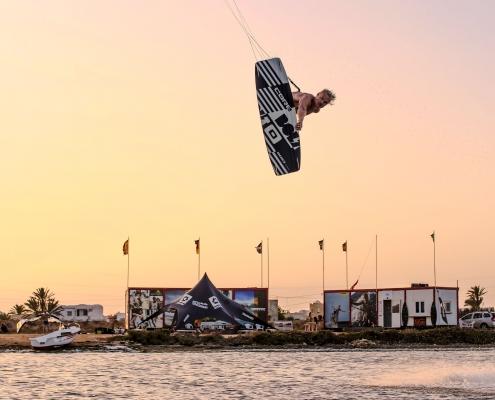 Kitesurfen auf Djerba mit KiteWorldWide .