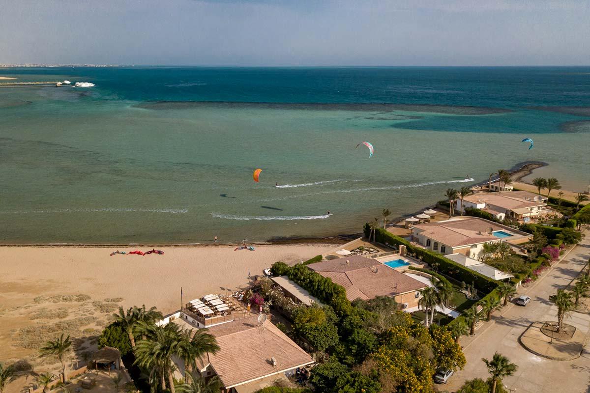 Der Kiteclub-Seahorse-Bay von oben_Kitesurfen-in-Aegypten