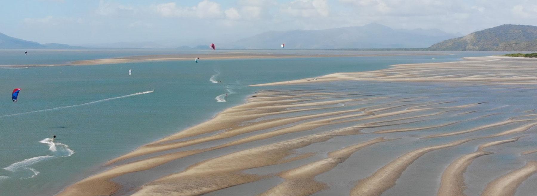 Kitesurfen-in-Panama,-Punta-Chame