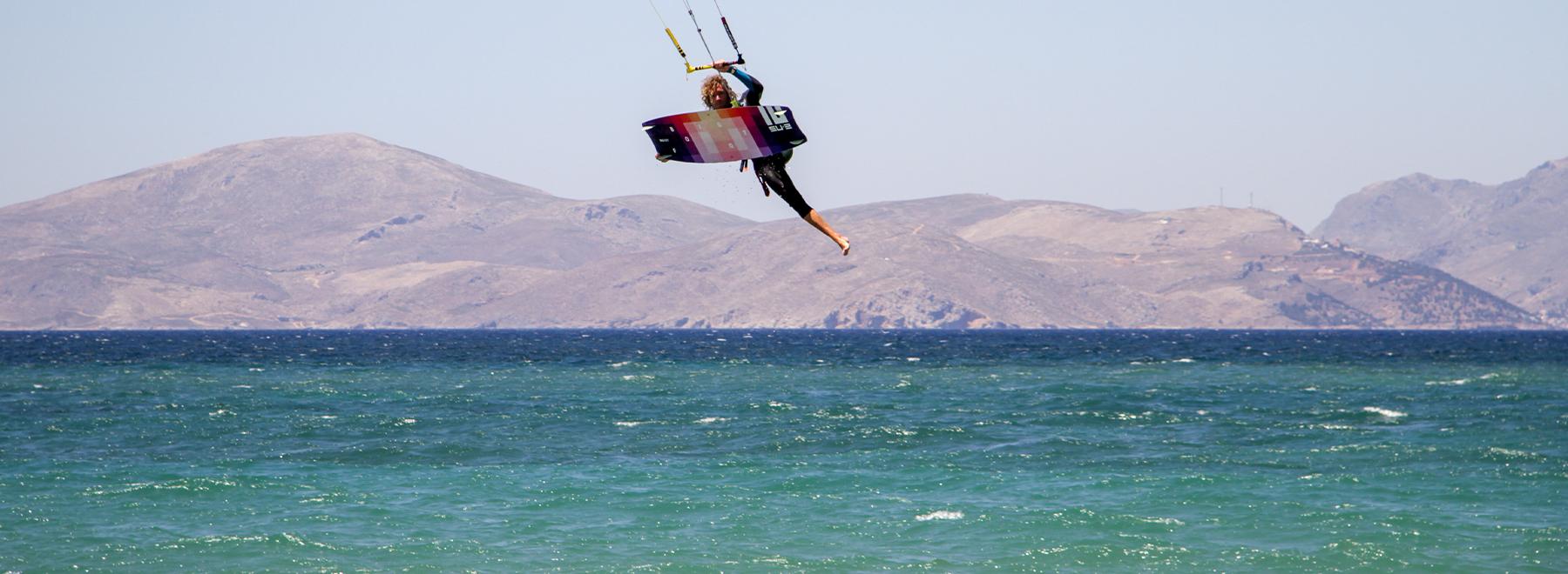 Kitesurfer auf Kos in Griechenland mit KiteWorldWide.