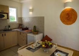 Hotel-Jardins-de-Toumana-kitchen