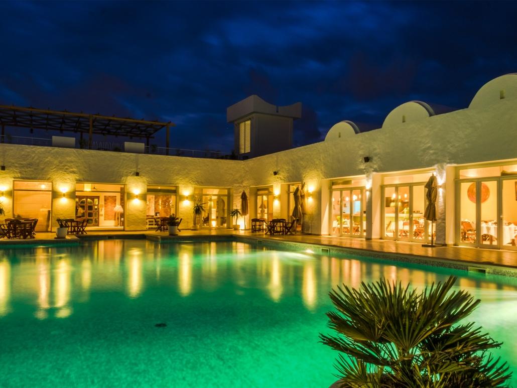 Jardin-de-Toumana Pool Night