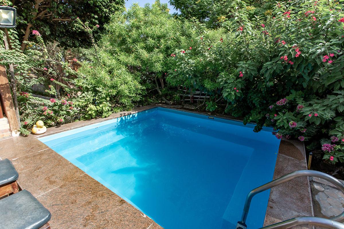 Der Pool des Kiteclubs in der Seahorse-Bay in Aegypten sorgt für Abkühlung an heißen Tagen